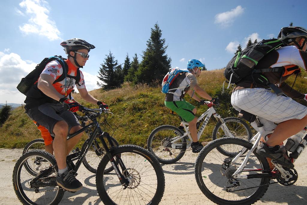Spaß beim Mountainbiken im Joglland