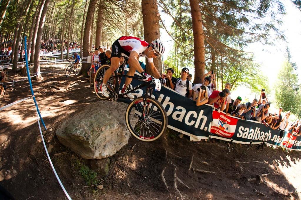 Nino ist schnell bergab - Foto: Ale de Lullo