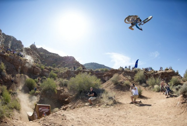 Thomas Genon mal als Rookie - Foto: Red Bull Content Pool