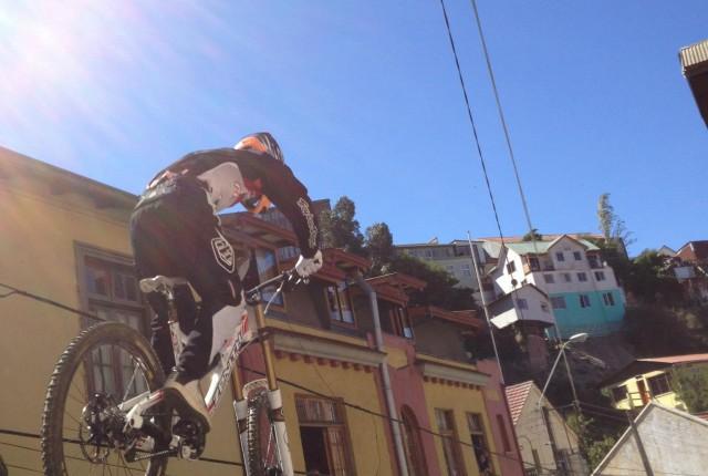 Valparaiso Urban Downhill - Foto: BikeFanatic