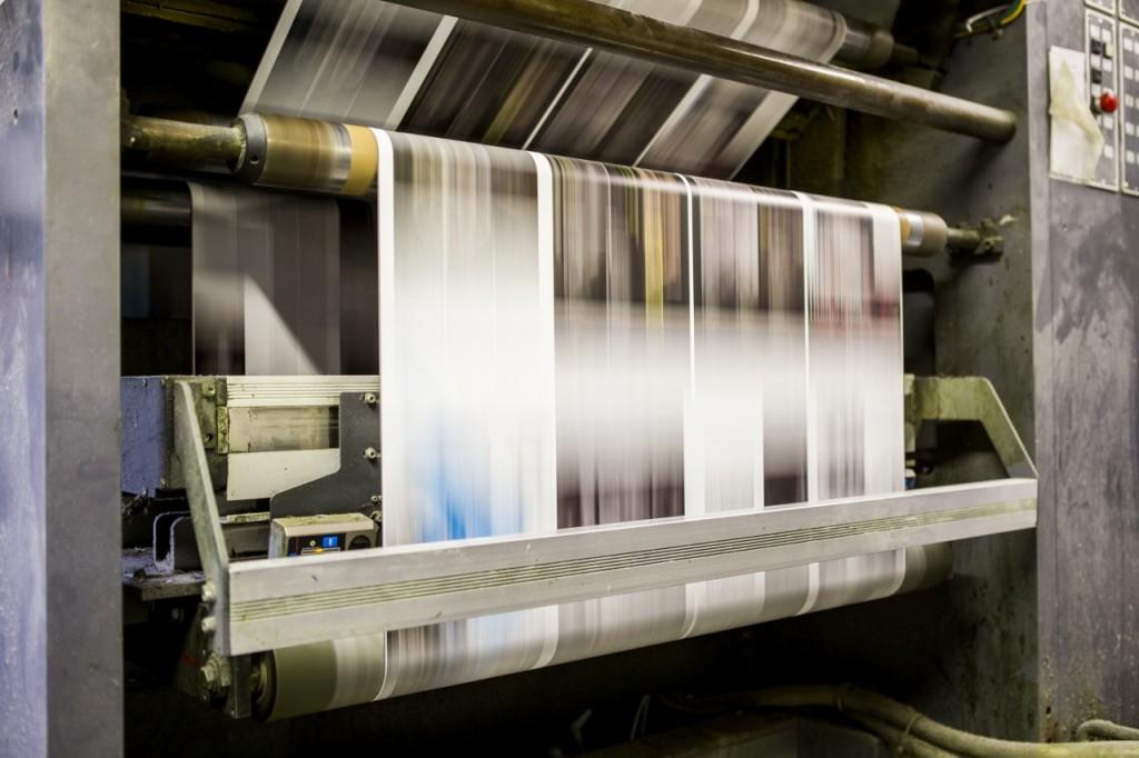 Mit bis zu 13 m pro Sekunde wird das Papier bearbeitet.