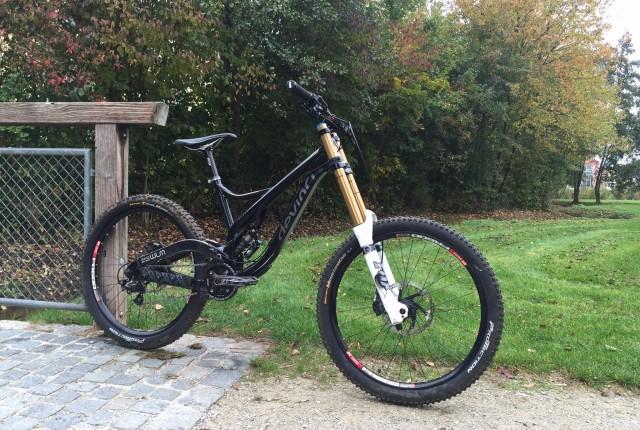 DH-Bike im Angebot: Devinci Wilson 2012 in M