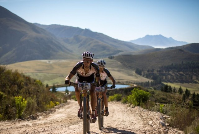 Videos: Cape Epic 2016 Highlights & Results