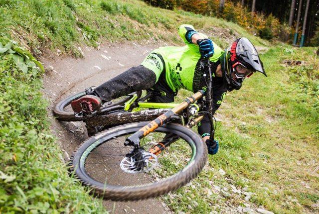 Cube Bikes Videos: Downhill und Enduro-Action